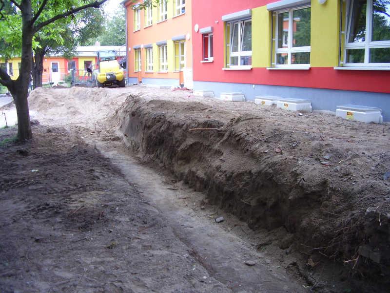 Abriss /Neugestaltung Terrassenanlage einer Kindertagesstätte in Berlin
